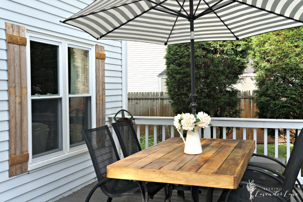 rustic patio table makeover
