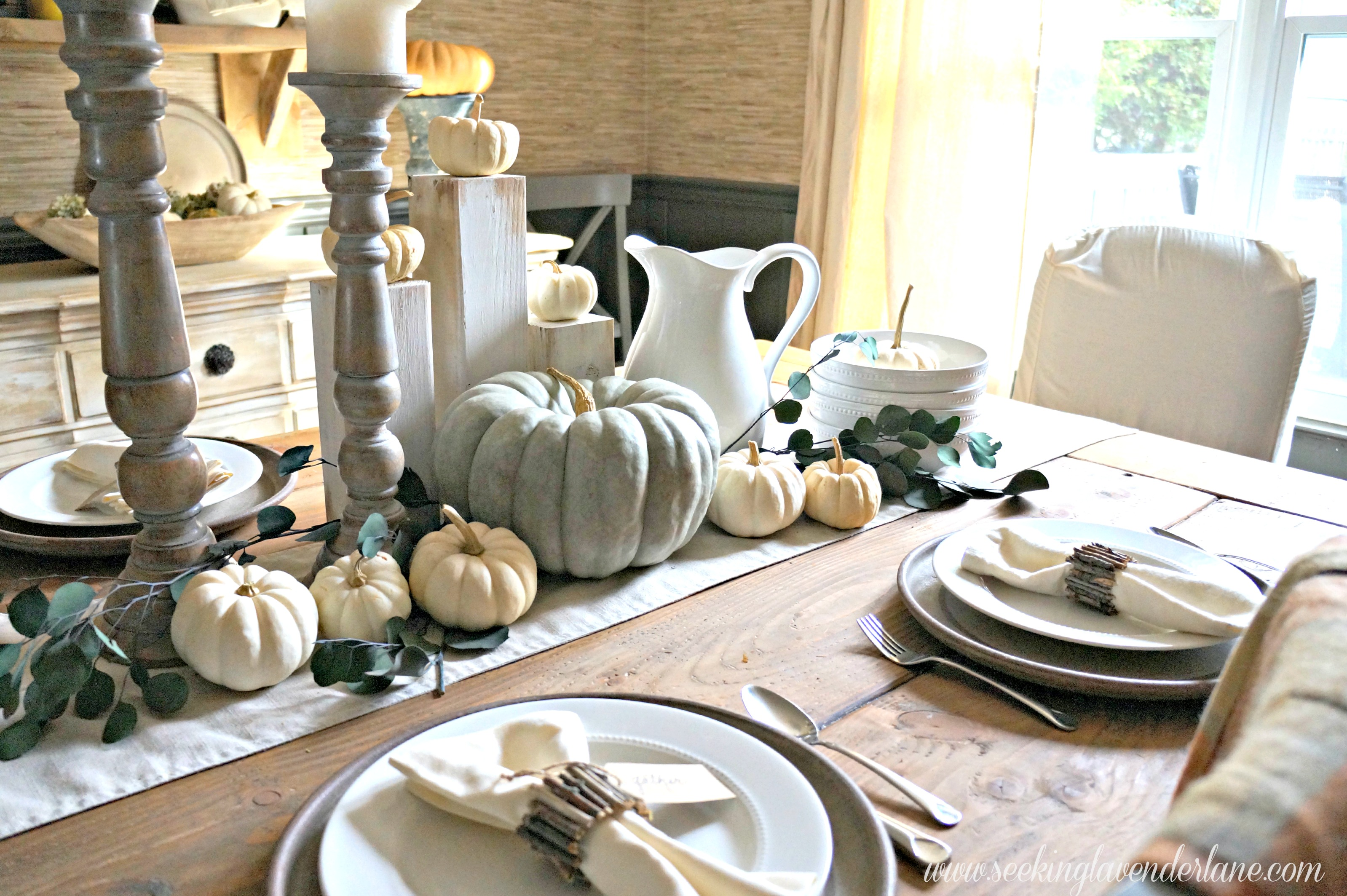 Thanksgiving Table thanksgiving table for a hostess on a budget