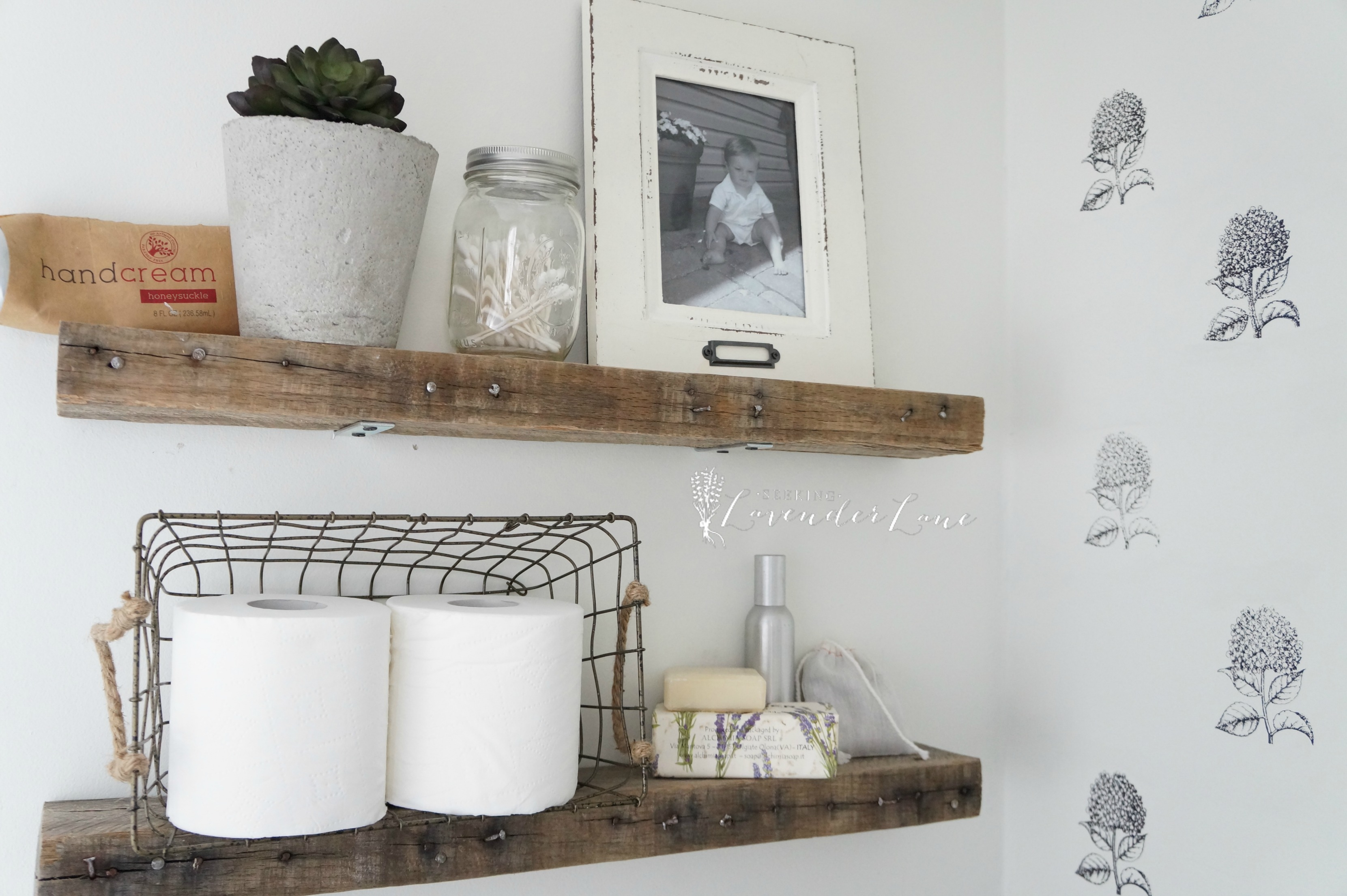 Diy rustic bathroom shelves seeking lavendar lane for Bathroom shelves design