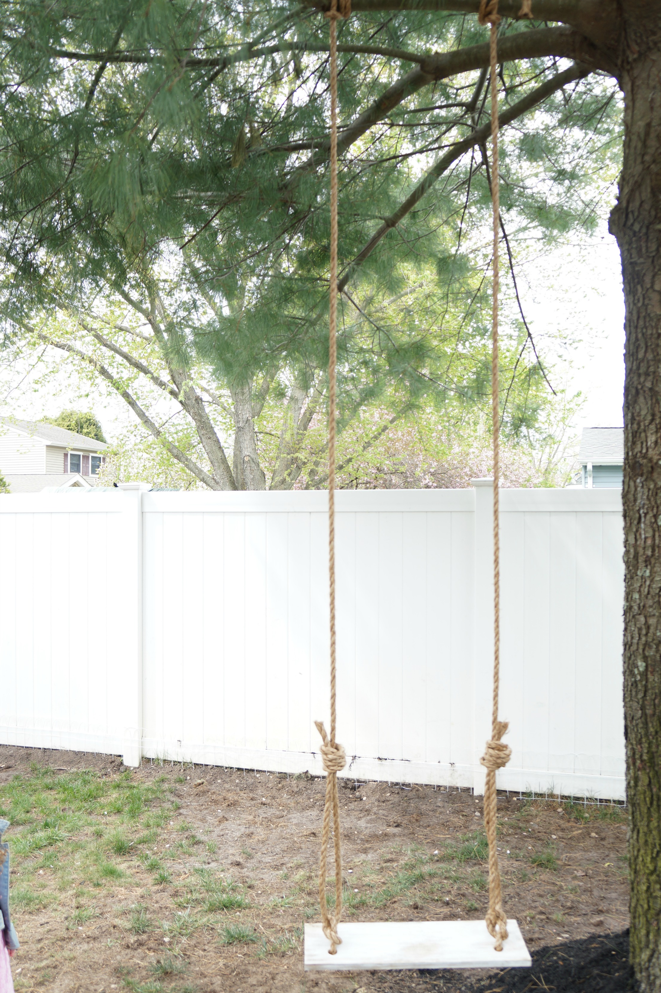 How to build a tree swing - An Old Fashion Tree Swing