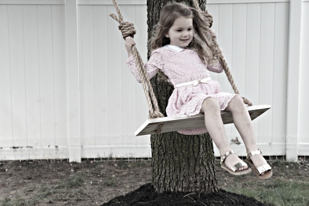 Gemma Swing 1
