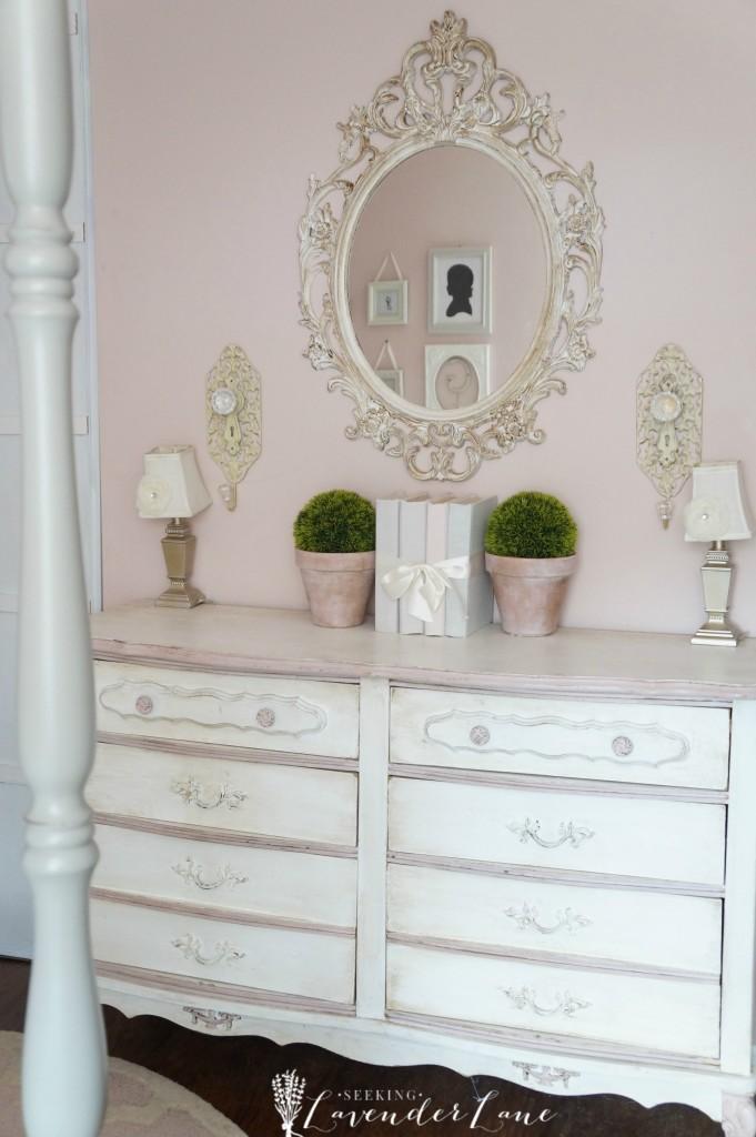 pink vintage girls room 6