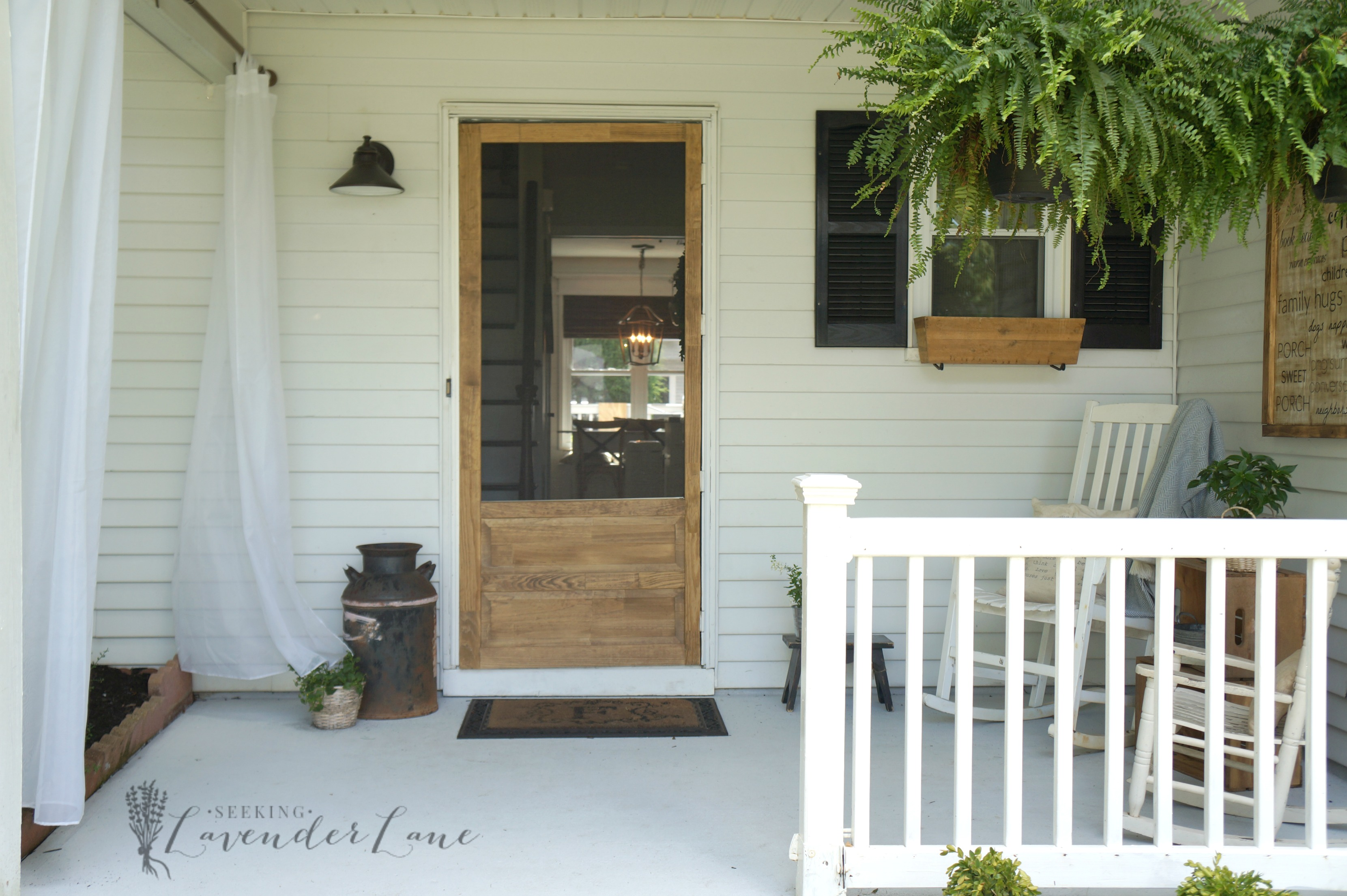 Front yard landscaping ideas achieving farmhouse curb appeal screen door 1 vtopaller Choice Image