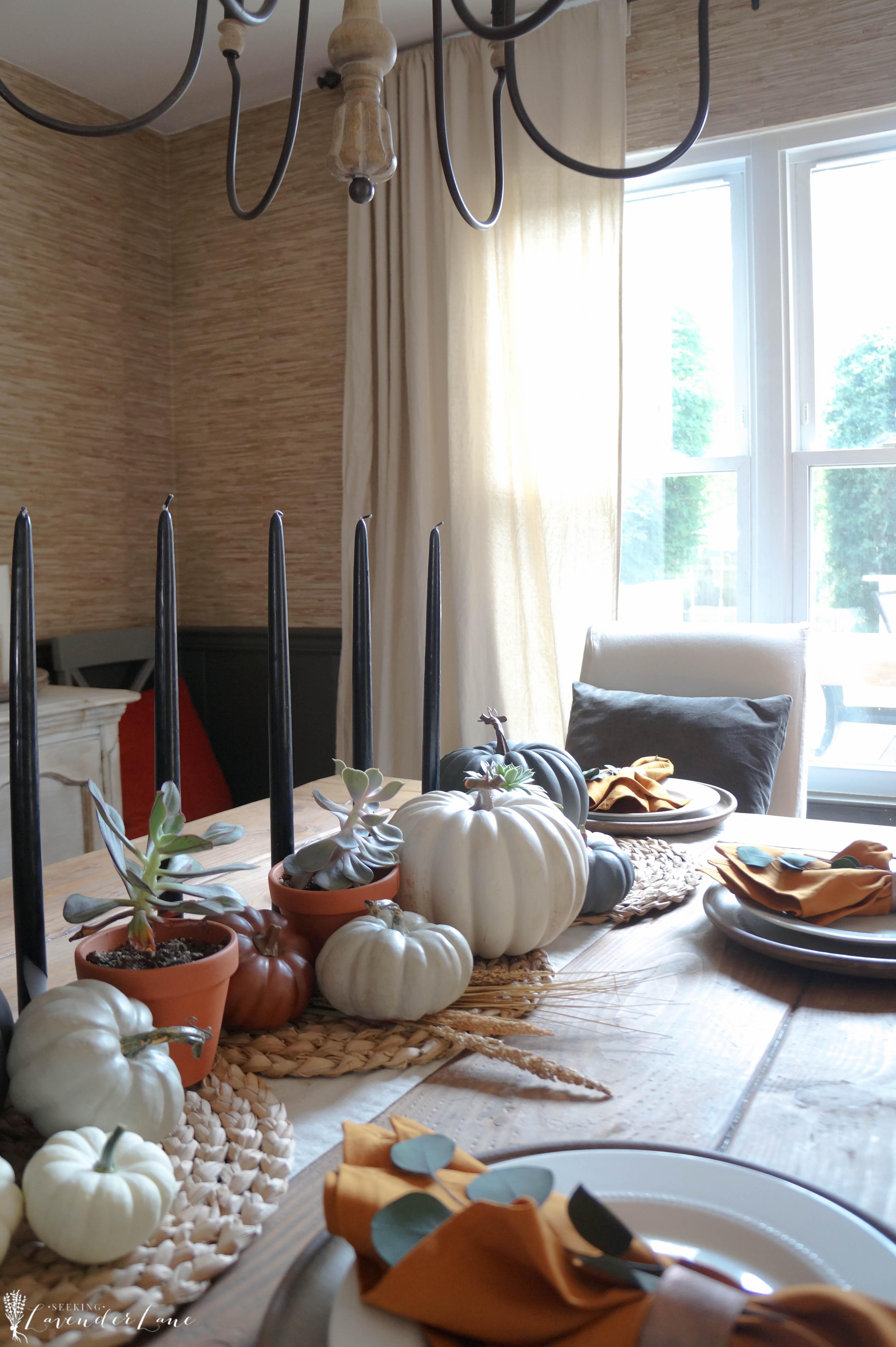 Farmhouse Decor For Living Rooms: Seeking Lavendar Lane