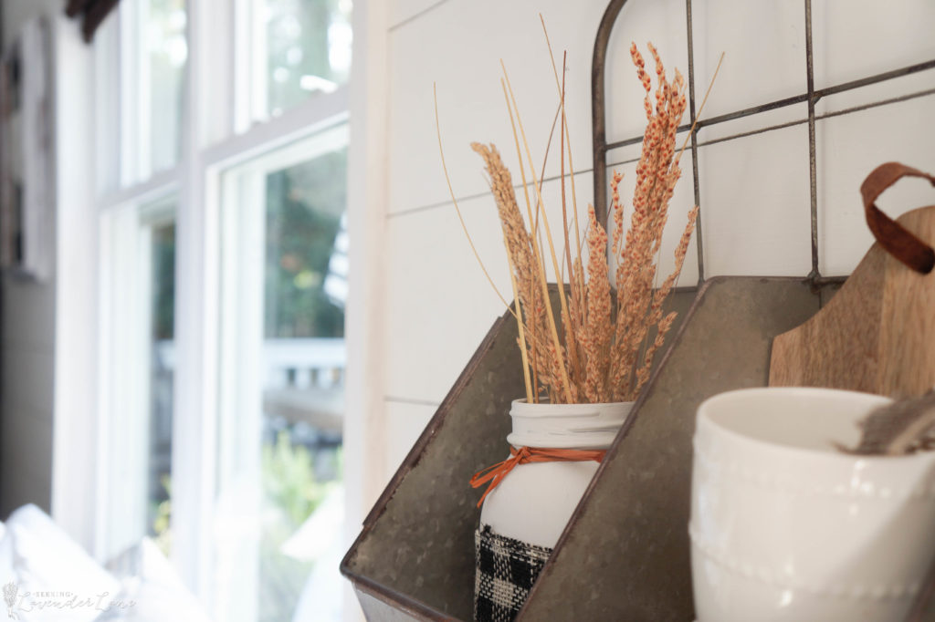 french-farmhouse-fall-decorating-gray-and-orange-6