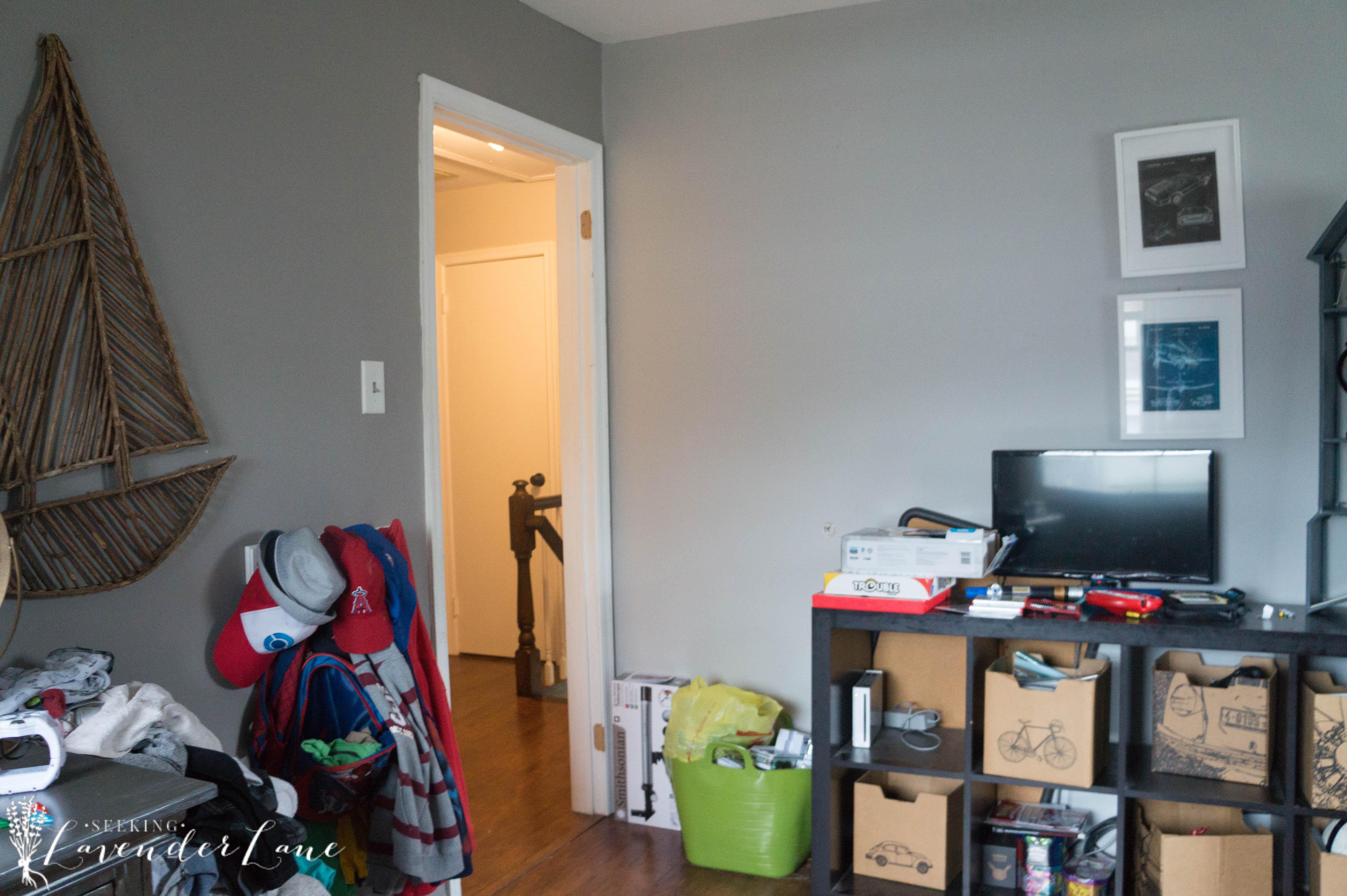 before_boys_room-6