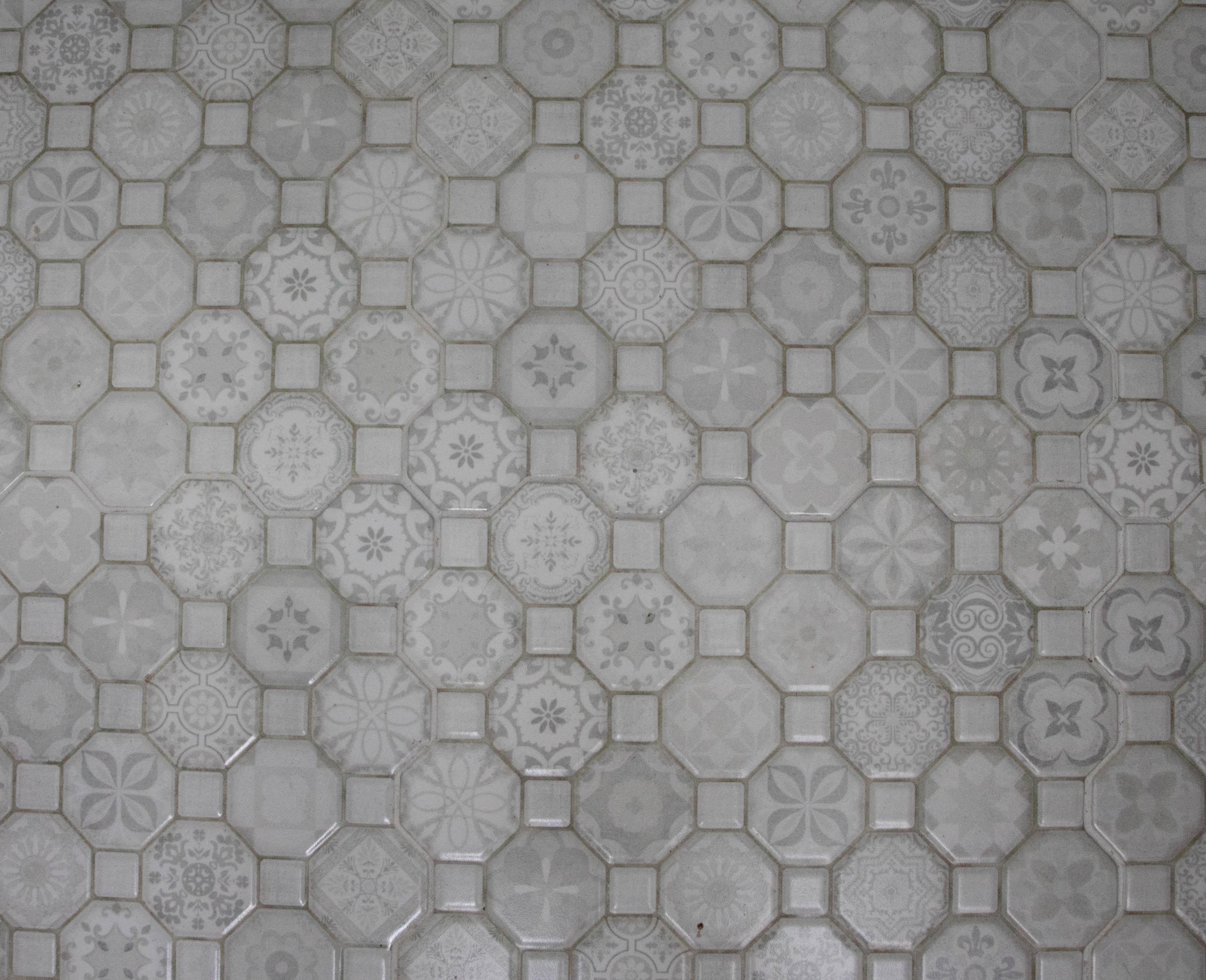 Powder room floor tile