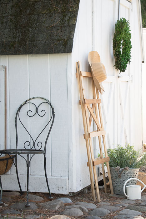 Shed makeover with paint and accessories